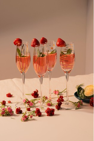 Set of 4 Mikasa Cheers Champagne Flutes