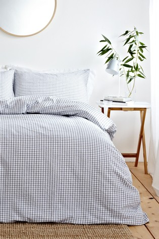 Signature Hazy Duvet Cover and Pillowcase Set by Riva Home