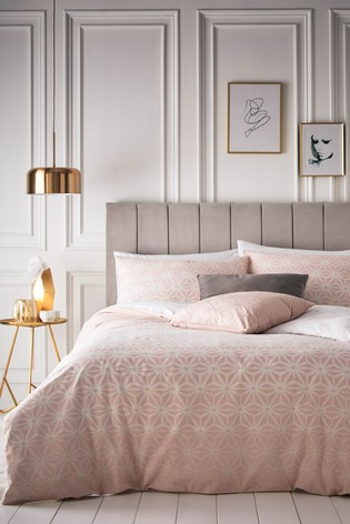 Riva Home Tessellate Geo Duvet Cover And Pillowcase Set