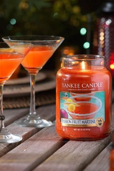 Yankee Candle Classic Large Passionfruit Martini Candle