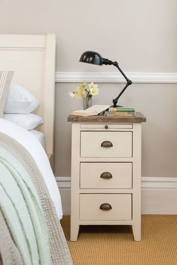 Cotswolds 3 Drawer Bedside Chest by Design Decor
