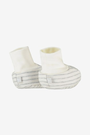 The Little Tailor Cream Rocking Horse Jersey Booties