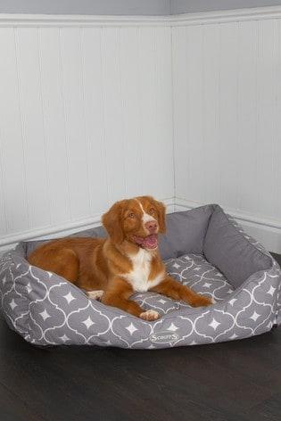 Washable Medium Breed Casablanca Geo Pet Bed by Scruffs®