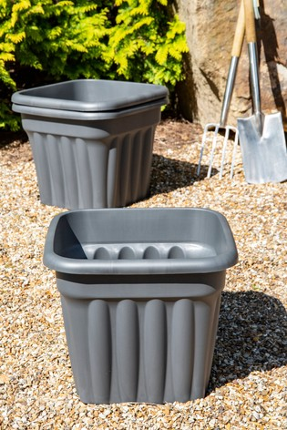 Set of 3 Wham Vista 49cm Black Plastic Planters