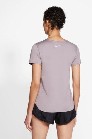 Nike Swoosh Run T-Shirt