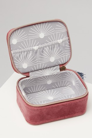 Oliver Bonas Sol Pink Velvet Alphabet H Travel Jewellery Box