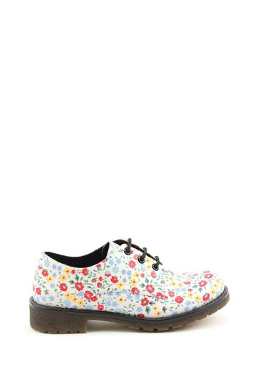 Heavenly Feet Casual Lace Shoes