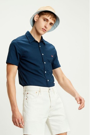 Levi's® Housemark Short Sleeve Slim Shirt