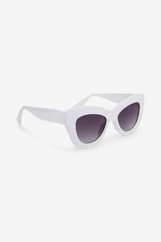 White Chunky Frame Cat Eye Sunglasses