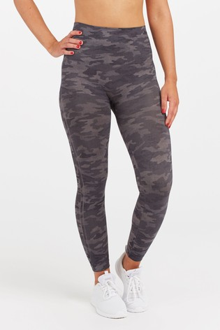 SPANX® Look At Me Now Camo Leggings