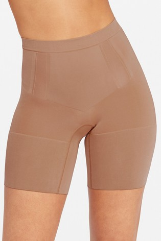 SPANX® Firm Control Oncore Mid Thigh Shorts