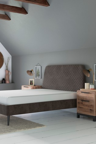 Hamilton Bed