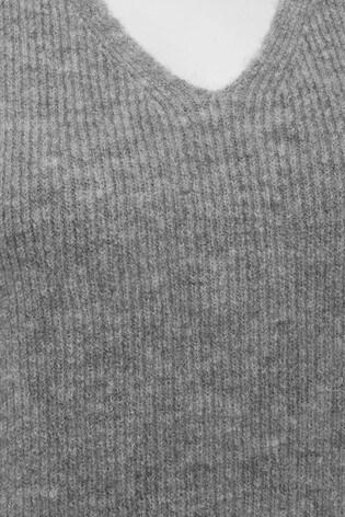 M&Co Grey Cable Knit Vest