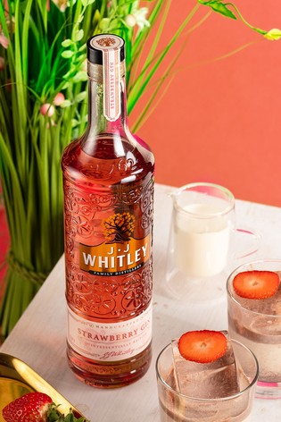 Strawberry Gin 70cl by JJ Whitley