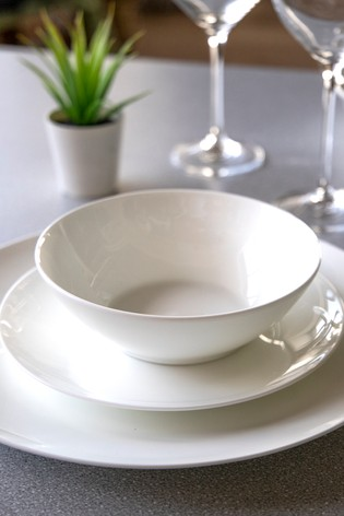 12 Piece Maxwell Williams Cashmere Bone China Dinner Set