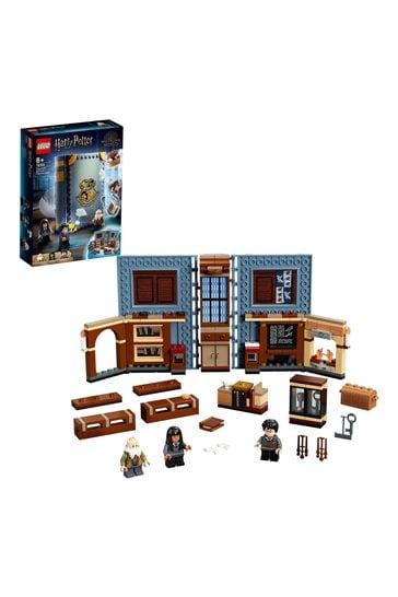 LEGO 76385 Harry Potter Hogwarts Charms Class Set