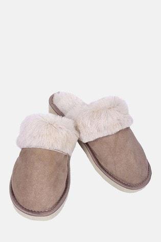 HotSquash Women's Brown Slip-On Slippers