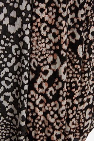 Animal Foil Kimono