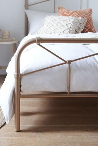 Catalina Bed