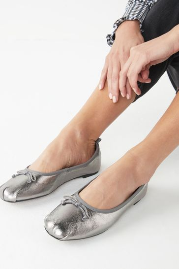Pewter Leather Regular/Wide Fit Signature Forever Comfort® Ruched Ballerina Shoes