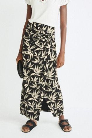 Monochrome Wrap Skirt