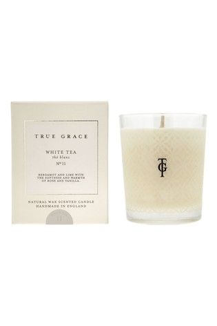 True Grace Classic Candle White Tea
