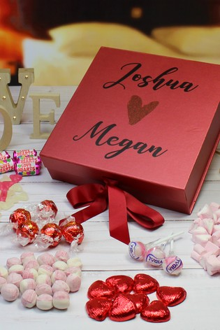 Personalised Deluxe Lovers Sweet Box By Great Gifts