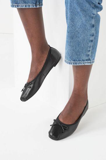 Black Leather Regular/Wide Fit Signature Forever Comfort® Ruched Ballerina Shoes