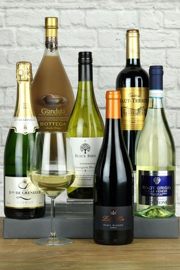 The Entertainer Mixed Case of 6 Bottles by Le Bon Vin