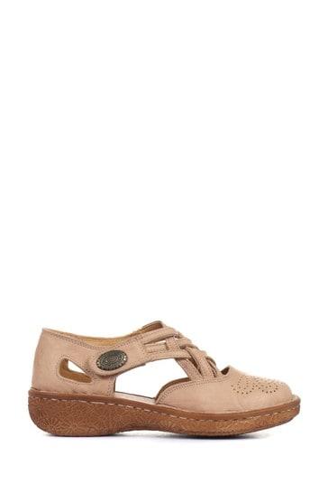 Loretta Natural Ladies Wide Fit Flat Leather Shoe Sandals