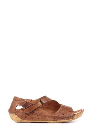 Pavers Ladies Leather Flat Sandals