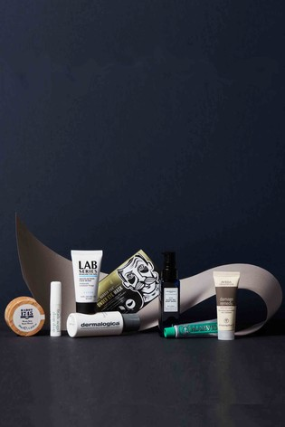 Valentines Grooming Box for Him (Worth Over £45)