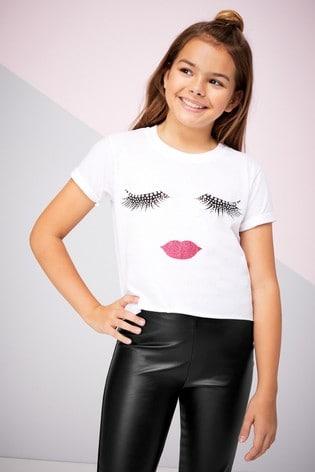 Lipsy Girl Cream Eyelash Girl Tee