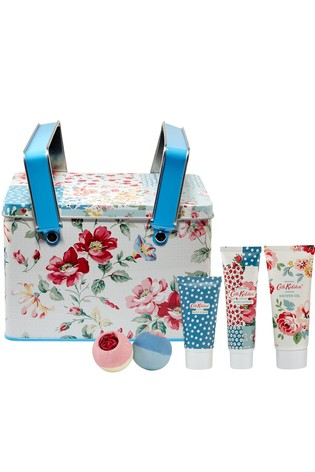 Cath Kidston Cottage Patchwork Pamper Picnic Tin Bath and Body Set