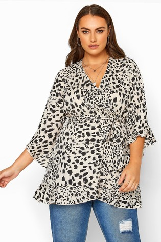 Yours Curve Dalmatian Print Wrap Top