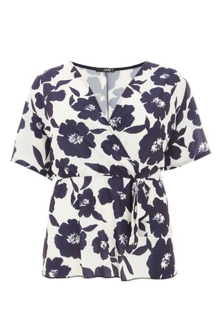 Quiz Curve Floral Wrap Top