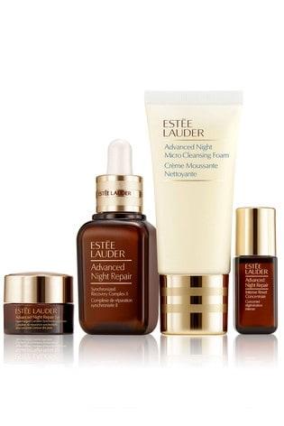 Estée Lauder Powerful Nighttime Renewal Wake Up To More Youthful, Radiant-Looking Skin Gift Set