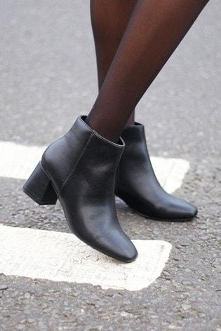 Linzi Black Faux Leather Pu Block Heel Ankle Boot