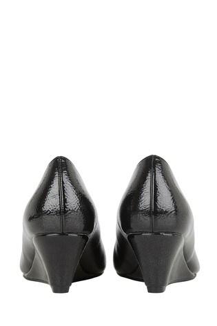 Lotus Black Crinkle Shiny Wedge Shoes