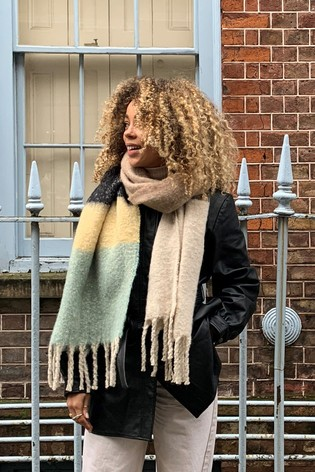 Pieces Long Scarf