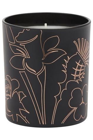 Noble Isle Tea Rose Fine Fragrance Candle