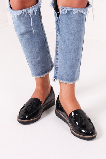 Linzi Black Patent Vicky Classic Slip On Loafer With Tassel Detail
