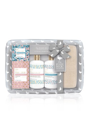 Baylis & Harding The Fuzzy Duck Cotswold Floral Hamper