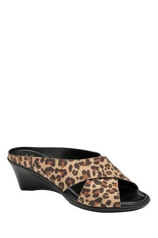 Lotus Footwear Print Printed Mule Sandals