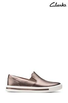 Clarks Pebble Metallic Un Maui Stride Shoes