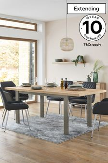 Light Oak Effect Bronx 6-8 Seater Extending Dining Table
