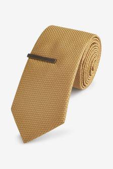 Gold Regular Textured Tie With Tie Clip