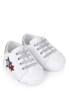 حذاء رياضي بيبي بناتي ما قبل المشي أبيض