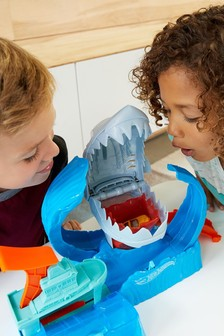 Hot Wheels Robo Shark Frenzy Play Set