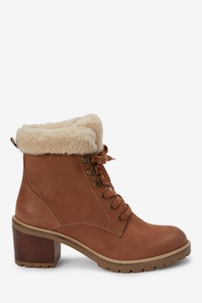 Tan Signature Cleat Borg Lace-Up Boots